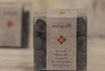 Chicchi di caffè ricoperti di cioccolato al fruttosio