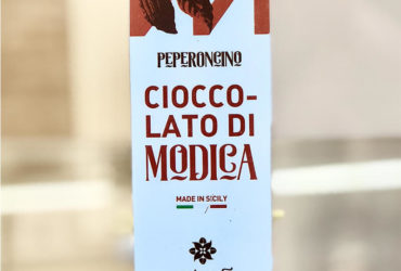 Chocolate of Modica with chili pepper